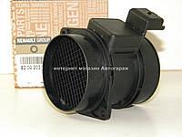Расходомер воздуха на Рено Мастер 3.0dCi — RENAULT (Оригинал) - 8200203767