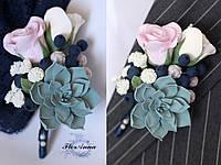 """Бутоньерка """"Черника с розами и суккулентом"""" из полимерной глины. Все для свадьбы, жениха и свидетеля, фото 1"""