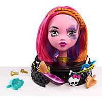 Monster High Голова-манекен для макияжа и причесок розовая Gore-geous Ghoul Styling Head, Pink
