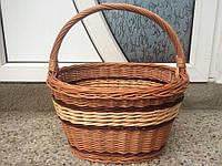 Плетена корзина из лозы