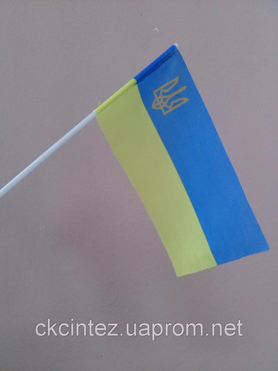 Украинский флажок на палочке