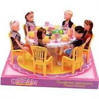 Столовая игрушка стол 6 стульев куклы в слюде 22см 501