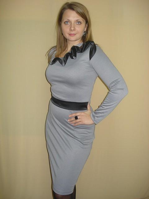 Платье серое с декоративным элементом, цена 299 грн., купить в Киеве ... 0e21d06bfdb