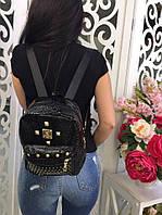 Хит! Стильный красивый женский лаковый рюкзак в заклёпках чёрный