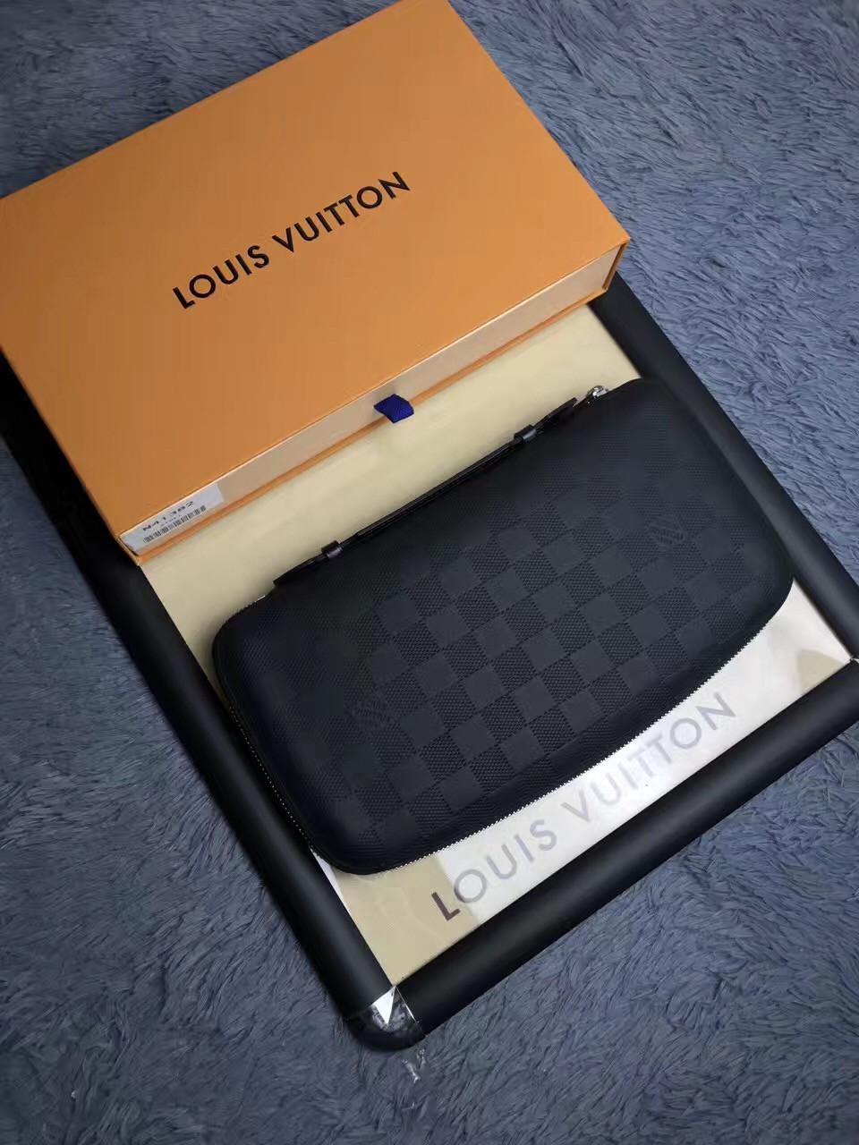 Мужской кожаный клатч Louis Vuitton   vkstore.com.ua d81c53569b8