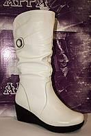 Кожаные женские сапоги, полномерные;размеры с 36 по 41.