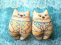 Кошка в вышиванке ароматизированная .