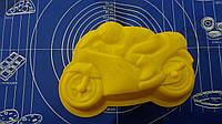 Силиконовая форма для выпечки тортов Мотоцикл.