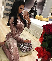 Женский костюм из бархата муара