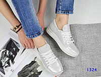Женские кеды на шнуровке, натуральная белая кожа  / кеды для девочек, стильные