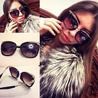 Стильные женские солнцезащитные очки с необычной оправой i-716106