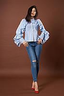 Женская рубашка с воланами на рукавах в бело-синюю полоску. Код модели Б-19-49-17.
