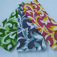Недорогие кухонные салфетки разных цветов с узором