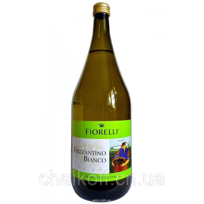 Вино игристое Fiorelli Frizzantino Bianco, 1.5 л (шт)
