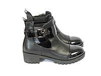 Черные ботинки на каблуке, фото 1