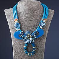 Колье из шнура  Цветок голубое кож зам L-55 см