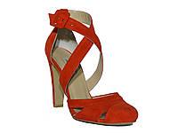 Женские замшевые босоножки на толстом клиновидном каблуке (красные) Pier Lucci №737-2