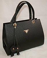 Каркасная женская сумка Prada (Прада) из гладкого кожзама чёрного цвета
