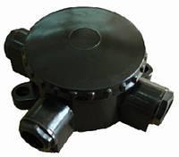 Коробка 3х рожковая карболит (черная) КОР73