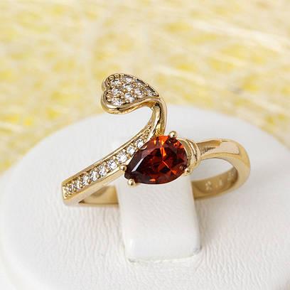 R1-2435 - Позолоченное кольцо с красным и прозрачными фианитами, 16.5, 18, 18.5, 19.5 р.