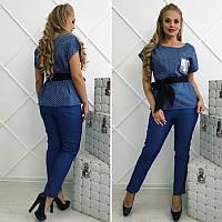 Красивый женский летний джинсовый костюм с поясом