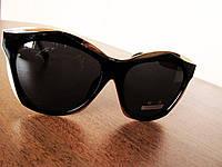 Модные женские солнцезащитные очки 8555