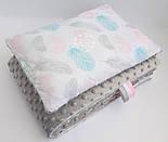 Лоскут ткани с розовыми, серыми и бирюзовыми пёрышками  № 647 б, фото 6