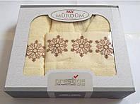 Подарочный набор Полотенца(2 шт.) + халат+коробка. Турция