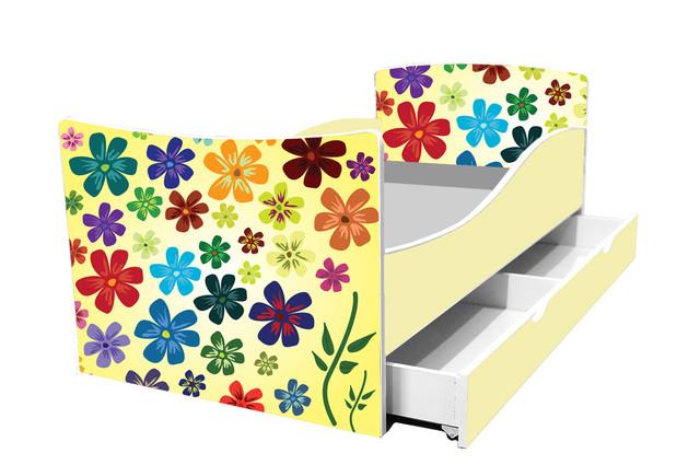 Кровать цветы