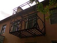 Монтаж (сварка) и обшивка балконов