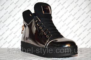 Кеды высокие серебристого цвета лаковые на шнуровке , фото 2