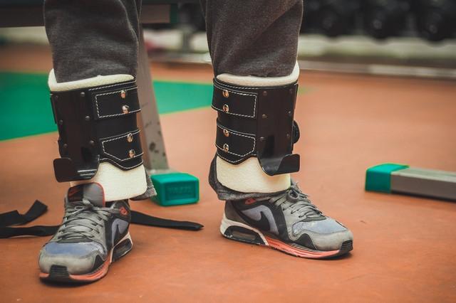 гравитационные ботинки, инверсионные ботинки/