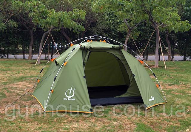 Обычный выбор большинства туристов – треккинговая палатка, которая отличается универсальностью, доступностью цены, компактностью, простотой установки.