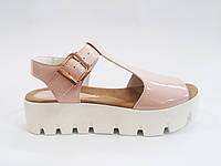 Женские модные стильные сандалии на тракторной подошве, эко-лак