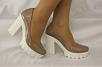 Туфли на устойчивом каблуке. Натуральная кожа 0606