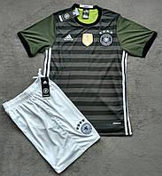 Форма сборной Германии (зеленая)