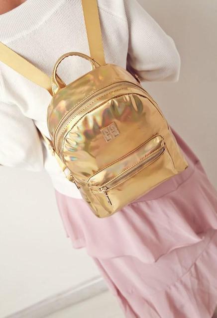 Стильный золотистый рюкзак