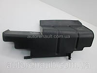 Защита генератора (дефлектор возле радиатора) на Рено Трафик 01-> 1.9 dCi — RENAULT (оригинал) 8200209920