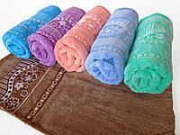 Махровое банное полотенце 140х70см (ромашки, велюр)