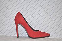 Туфли лодочки красного цвета на шпильке натуральная замша