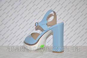 Босоножки на тракторной подошве и толстом каблуке женские стильные голубые, фото 3