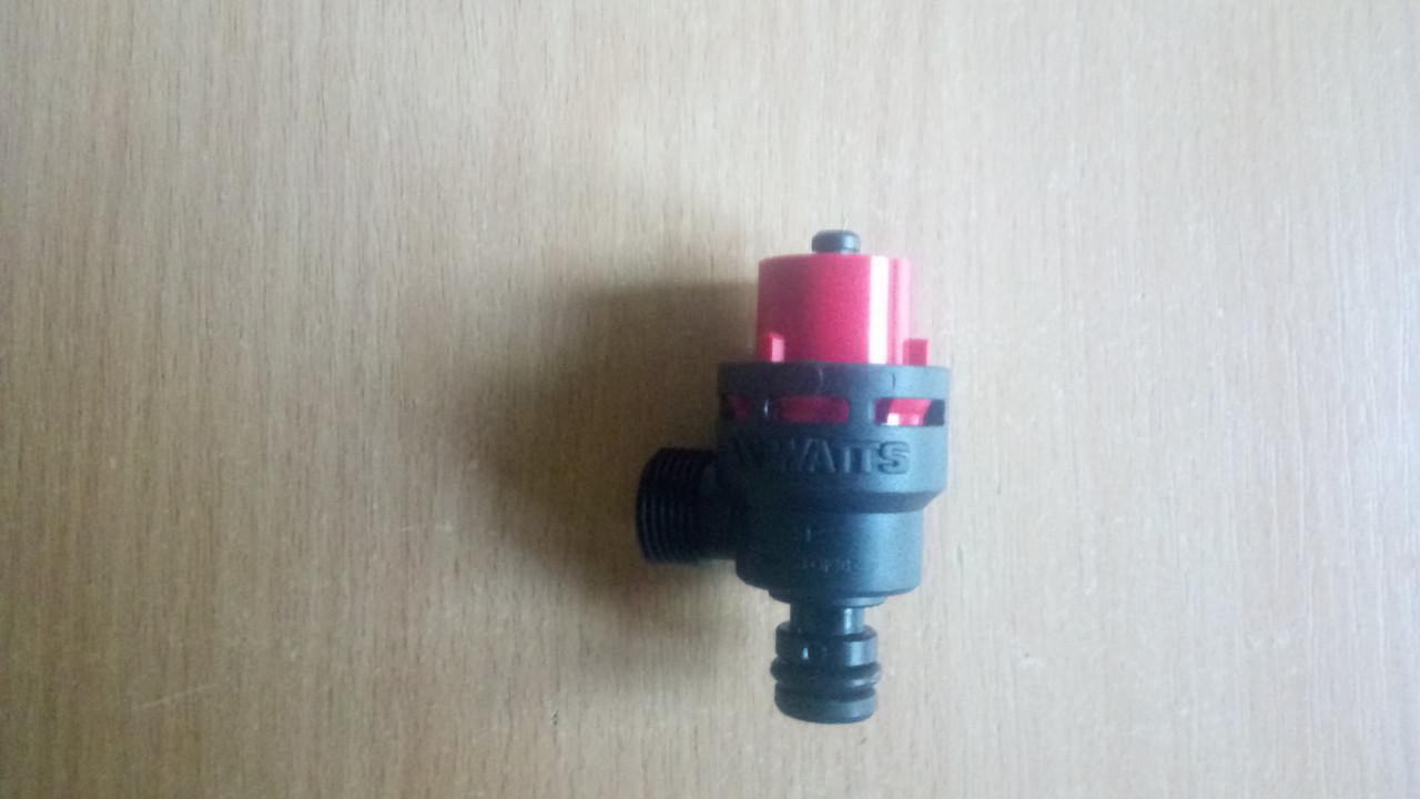 Предохранительный клапан Ariston Clas-Genus.