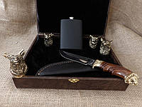"""Набор 4 чарки """"Охотничьи"""" с ножом и флягой"""