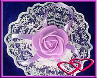 """Свадебные бутоньерки для свидетельниц на руку""""Роза в кружеве"""", цвета в ассортименте Сиреневый"""