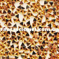 Пластиковые золотые треугольники для украшения ногтей