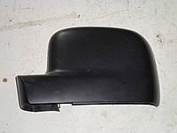 Накладка (корпус) зеркала левого Volkswagen Caddy  (04-10)