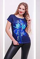 Летняя женская футболка синего цвета с цветочным принтом