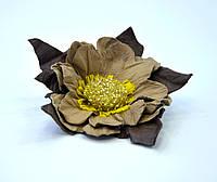 Цветок заколка из кожи натуральной украшение брошка Весна