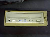 Yamaha CRW4260tx 4x2x6x External CD-RW Drive