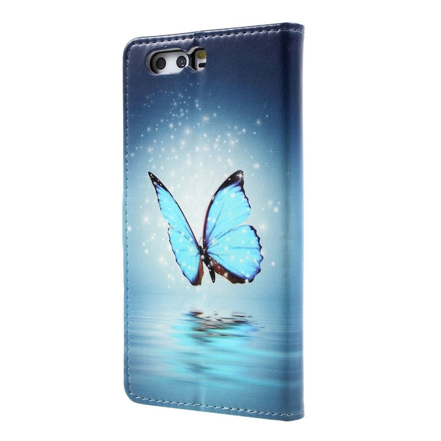 чехол книжка на Huawei P10 plus с голубой бабочкой над водой